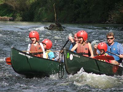 Monmouth Canoe-Rafted-Canoe-kayak-hire-river-wye