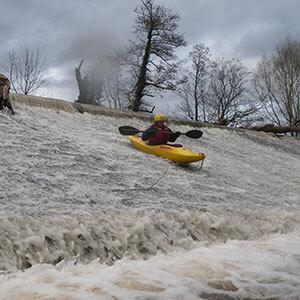 Monmouth-Canoe-Trip-River-Usk-Senny-Bridge--Brecon
